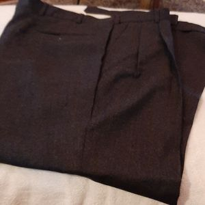 Brooks Brothers 346  Pleated and cuffed Gray pants